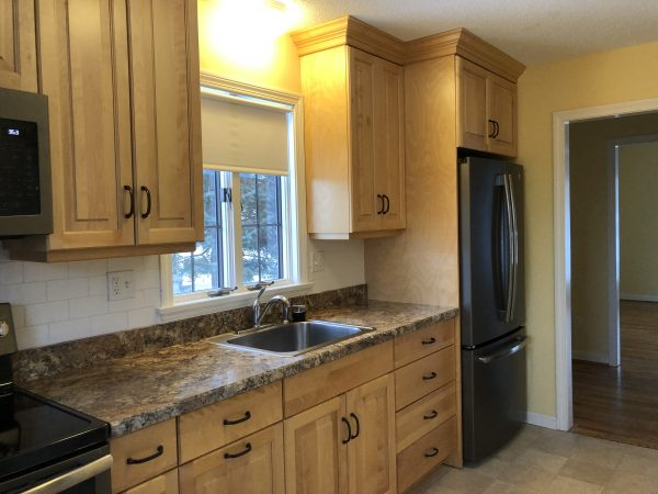 #60 Rockhaven Drive - Lots of Natural Light!  Newly Renovated 1 Bedroom, 2 Bath, Hardwood Floors